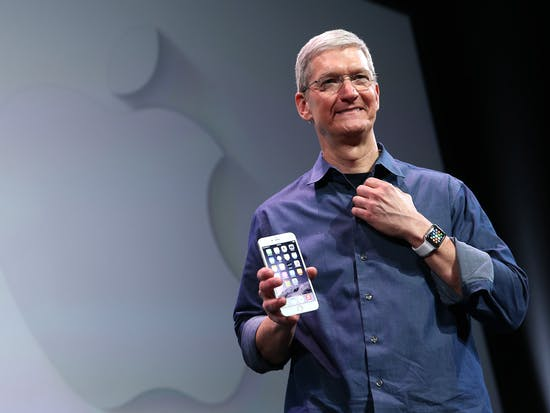 """Apple CEO Tim Cook Predicts Apple Watch """"Holy Grail"""" Will Be Healthcare"""