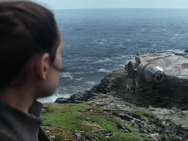 How Rian Johnson and R2-D2 Changed the End of 'The Force Awakens'