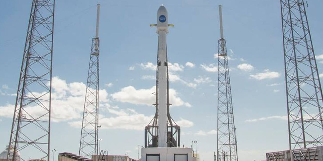 The SpaceX Falcon 9 ahead of the Hispasat 30W-6 mission on March 5.