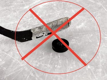 This Hockey Player's Ice Allergy Is Not a Medical Anomaly