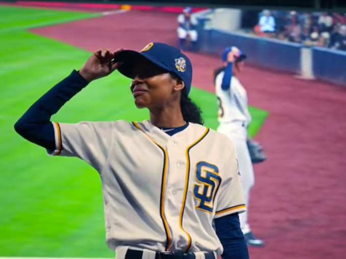 Ginny Baker in 'Pitch'