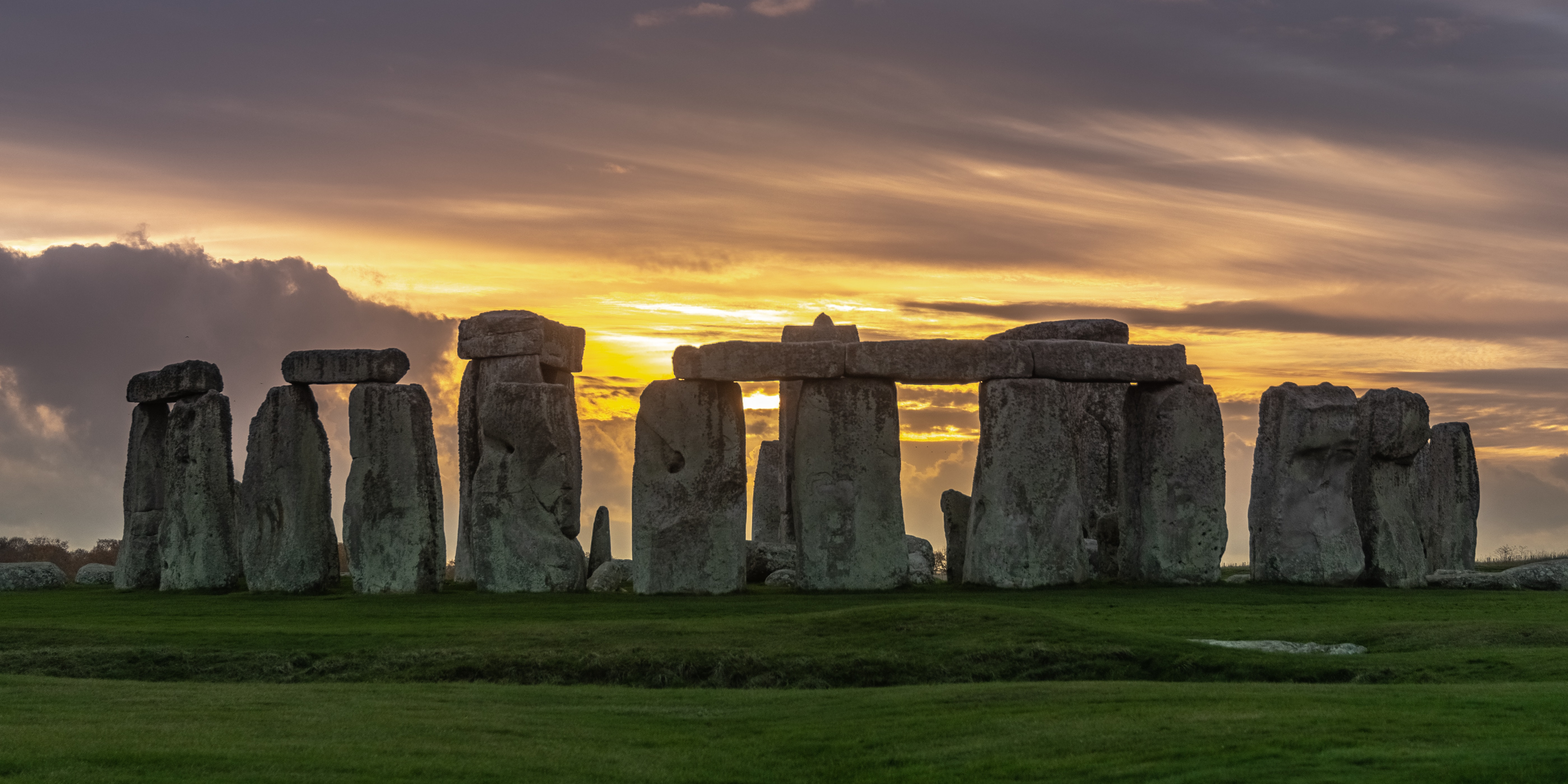 Ancient Stonehenge Discovery Refutes Popular Theory About Its Origin