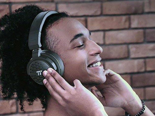 These Bose Alternative Bluetooth Headphones Come With Incredible Features
