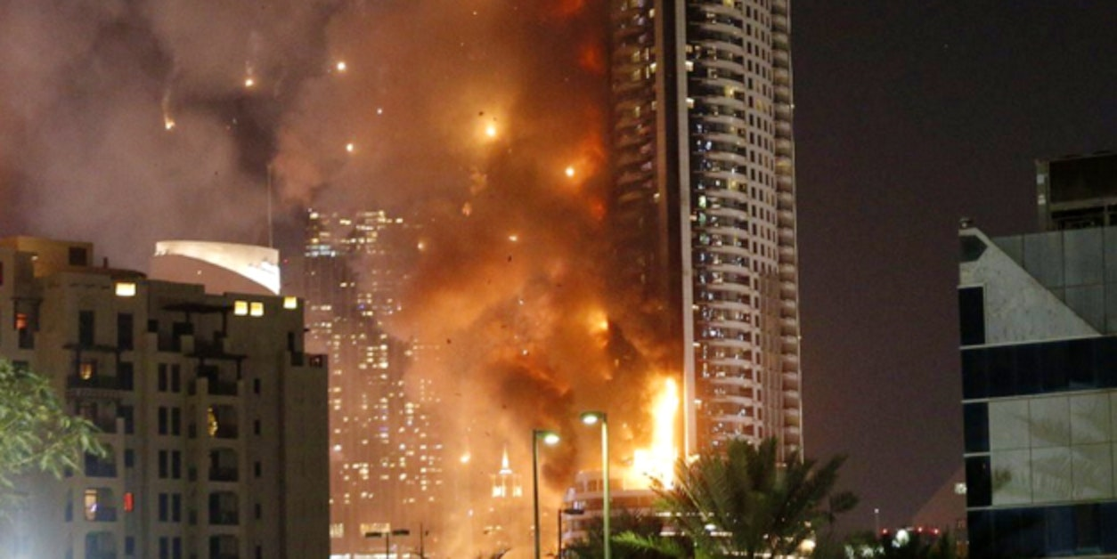 One of dubai 39 s biggest hotels is engulfed in flames inverse for Biggest hotel in dubai