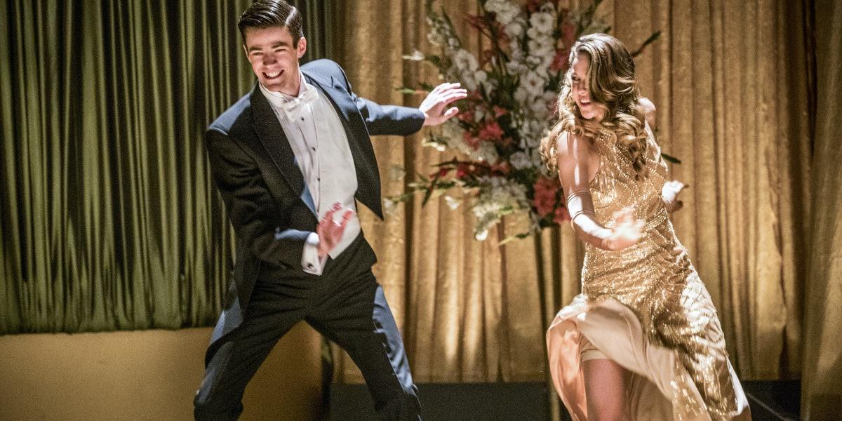 'The Flash' Musical Solves Barry and Kara's Romantic Bullshit