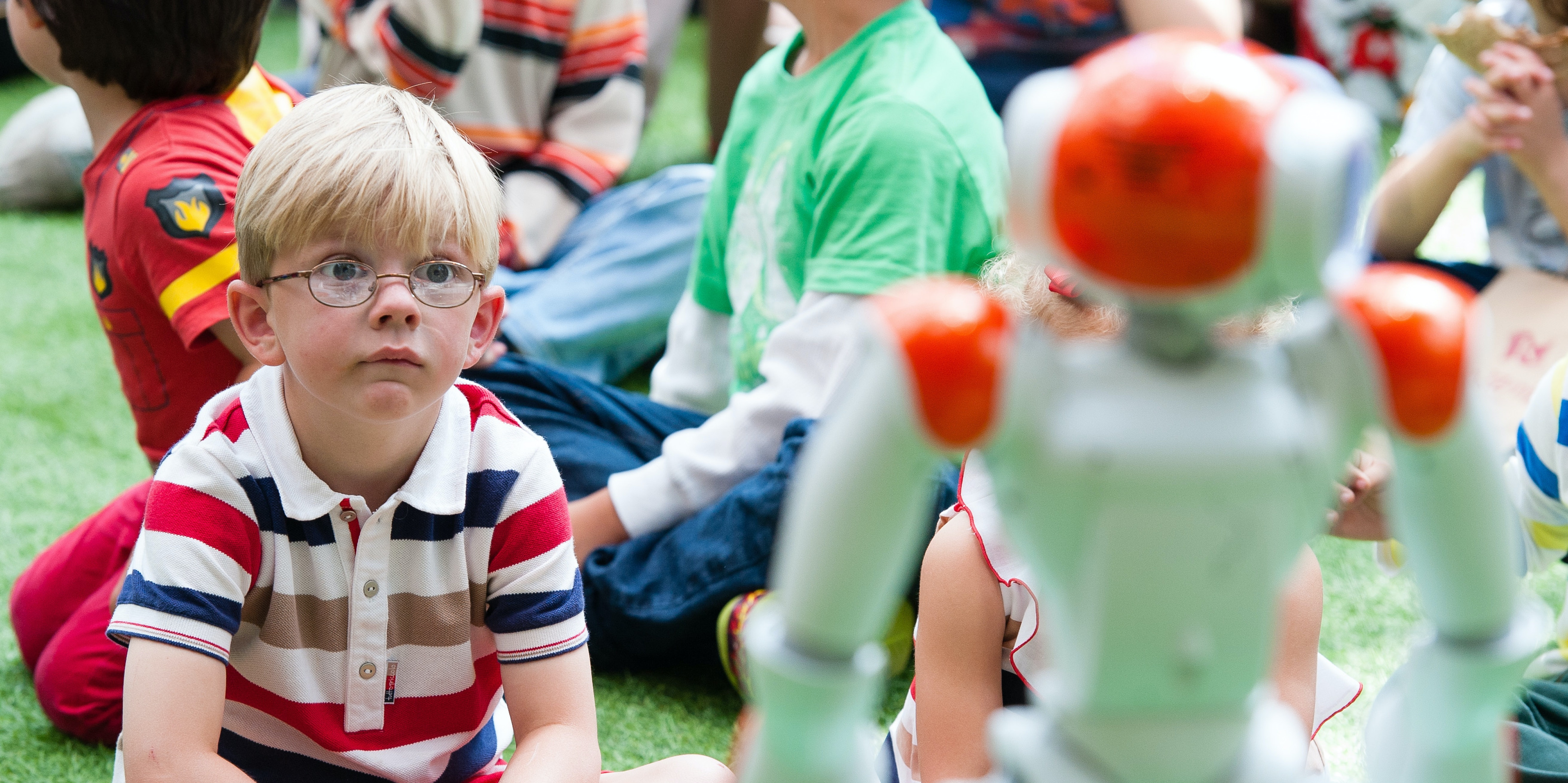 LONDON, ENGLAND - AUGUST 10:  Alexander the friendly robot visits the Indoor Park to interact with children by telling classic fairy tales, singing and dancing at Westfield London on August 10, 2016 in London, England.  (Photo by Jeff Spicer/Getty Images for Westfield)