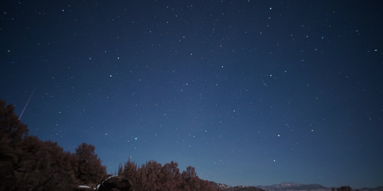 Two quadrantid meteors, 4:45am