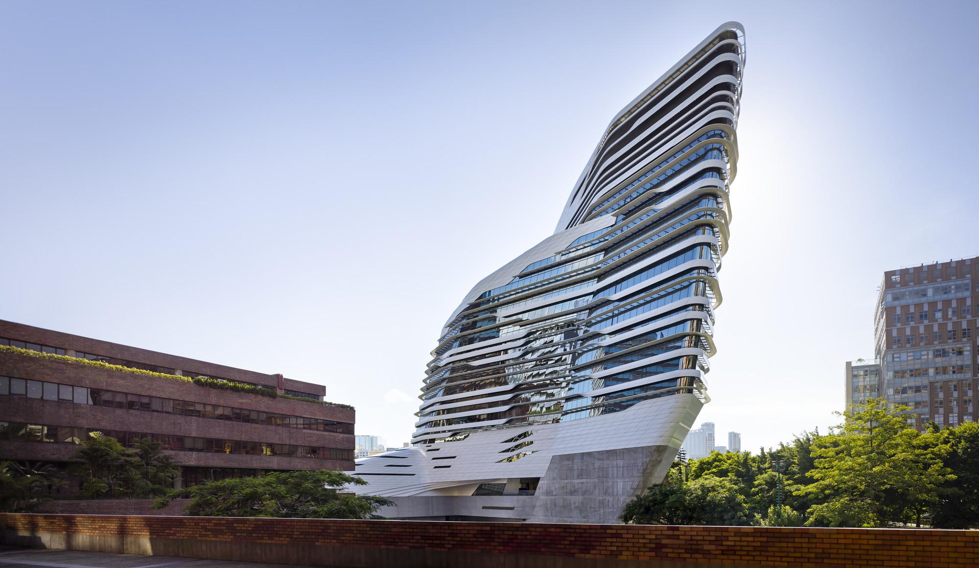 Neo-futuristic Architect Zaha Hadid's 10 Most Brilliant Designs ...