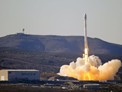 As SpaceX Prepares for Tonight's Launch, Hopes Remain Low for the Perfect Landing