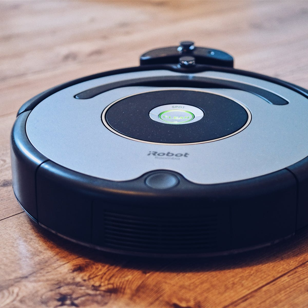 These Robot Vacuums Will Rid Your Home of Pet Hair