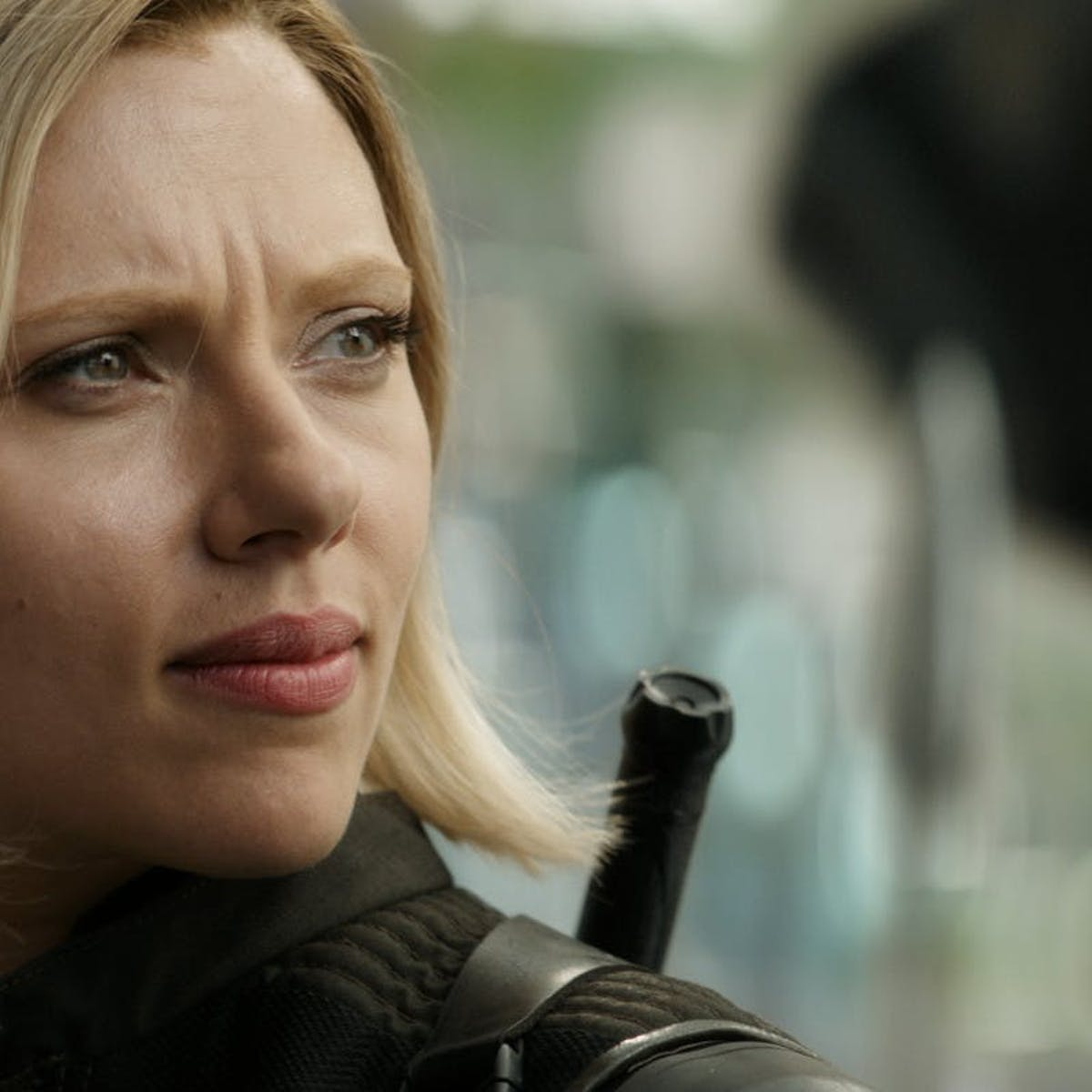 Black Widow Is Hardcore as Hell in New 'Infinity War' Teaser