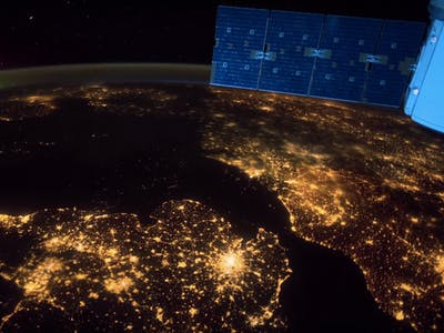 A Beautiful Planet' Brings IMAX to the ISS