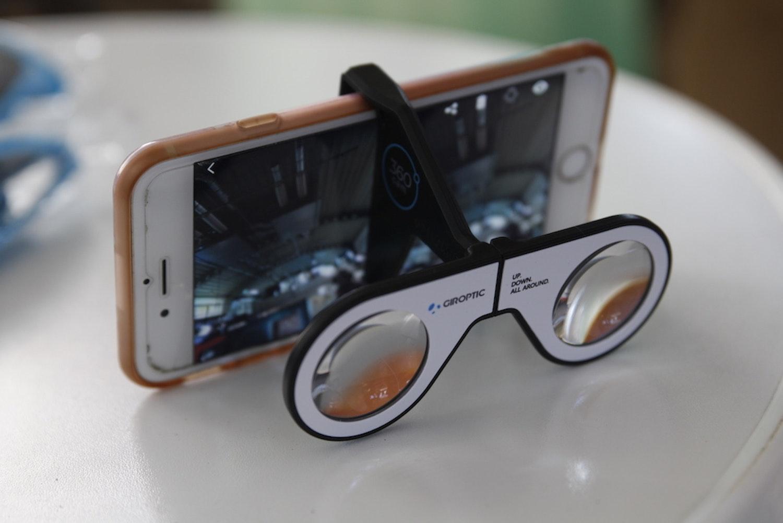 Giroptic's bundled virtual reality goggles