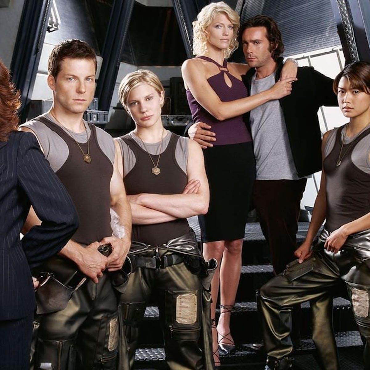 'Battlestar Galactica' 2019 reboot isn't worth the fraking risk. Or is it?