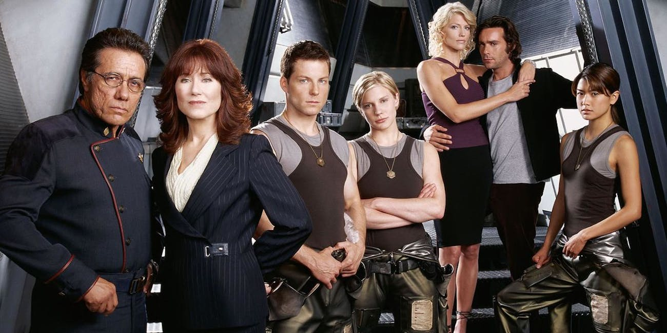 "The cast of the ""new"" Battlestar Galactica in 2003"