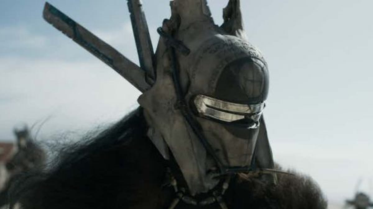 Enfys Nest in 'Solo' kind of looks like a Nazgûl from 'The Lord of the Rings'.