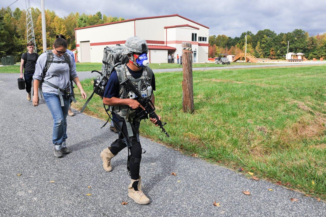 Army evaluates DARPA's futuristic soft exosuit