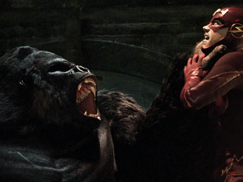 "Killer Frost Almost Murders Barry to Escape ""Gorilla City"""