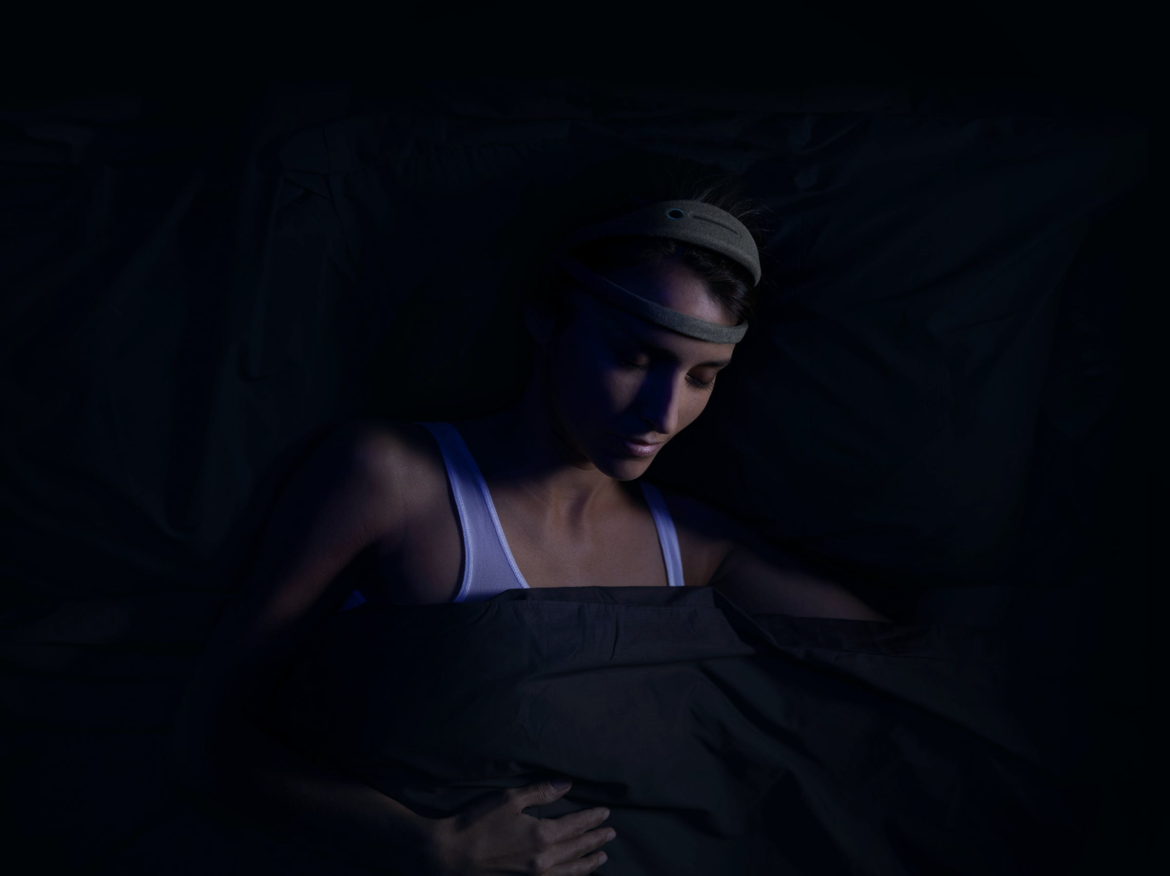 How to Sleep Better and Deeper by Analyzing Your Brainwaves