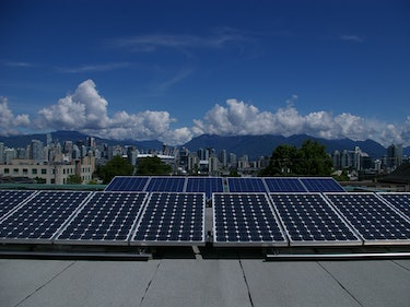 The Blue Collar Job of the Future Is Solar Panel Installer