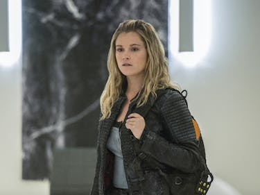 Eliza Taylor as Clarke Griffin in 'The 100' Season 4's 'Gimme Shelter'
