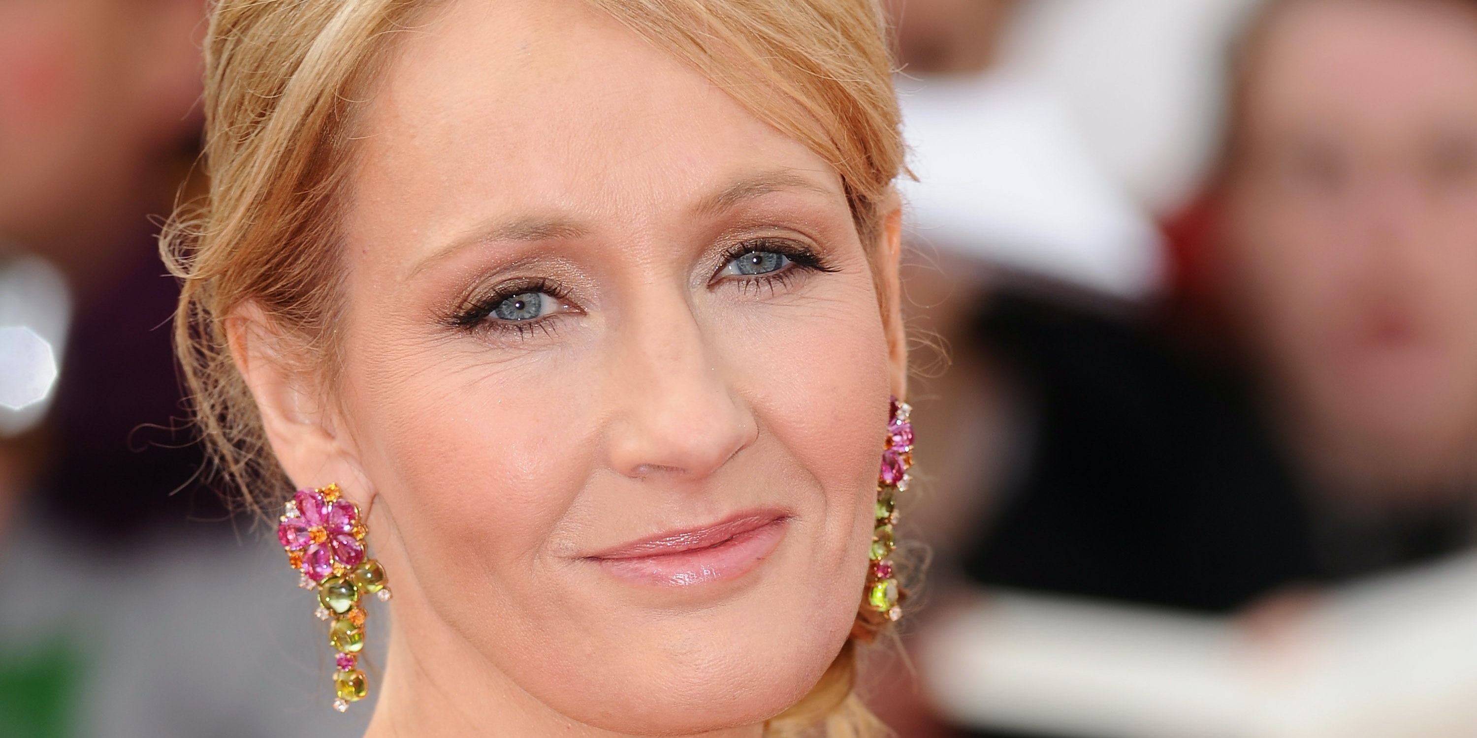 How J.K. Rowling's Chamillionaire Pun Compares to Her Sassy Twitter Past