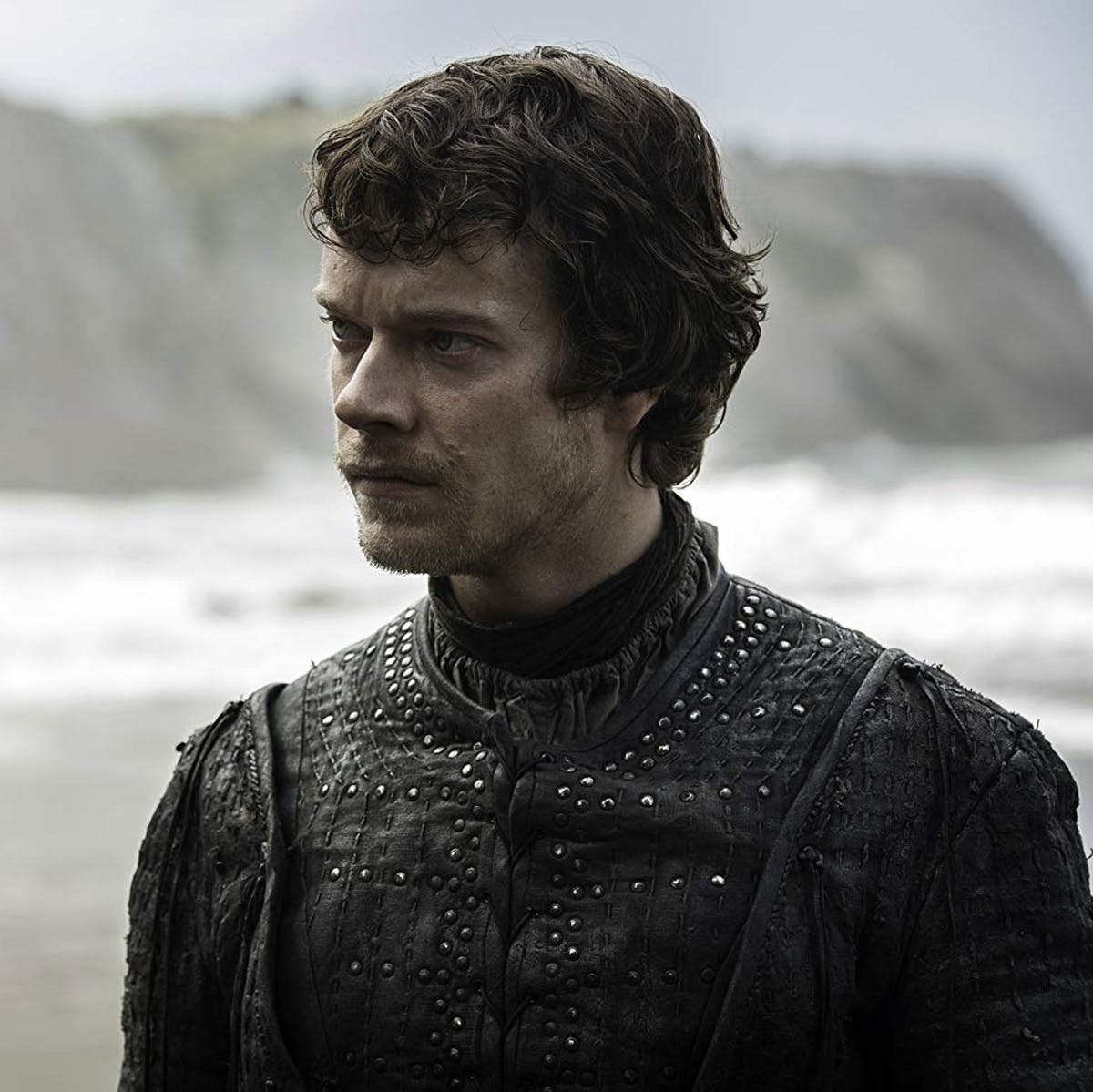 Alfie Allen's Emmy Nomination Is Fully Deserved for This Heroic 'GoT' Scene