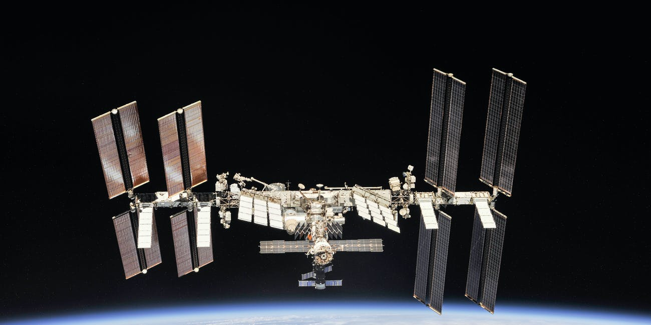 iss microbes