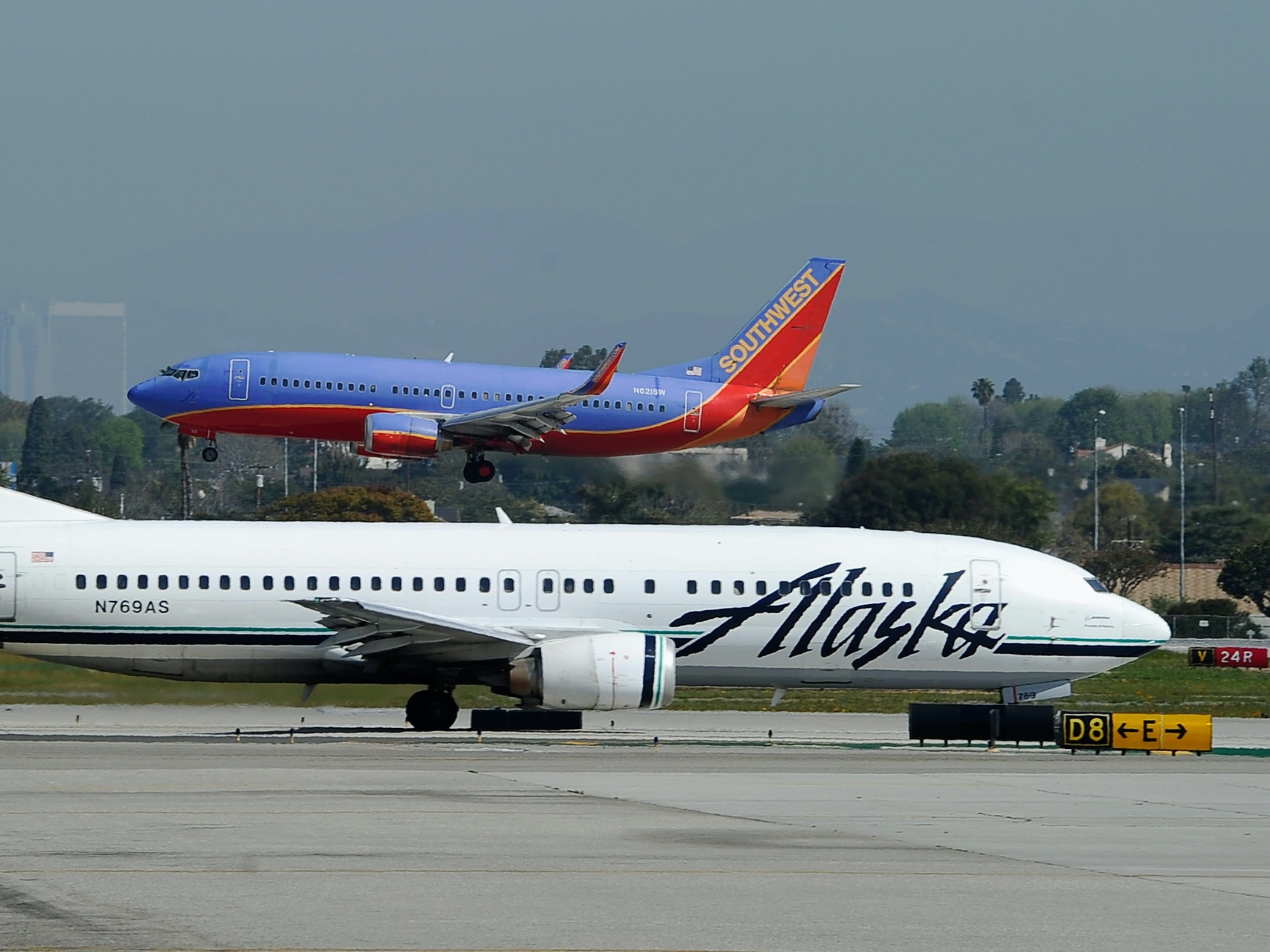 Alaska Airlines Changes Flight Path So Passengers Can Watch Solar Eclipse