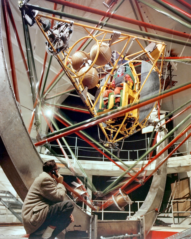 Space Camp's Craziest Simulator Won't Make You Barf | Inverse