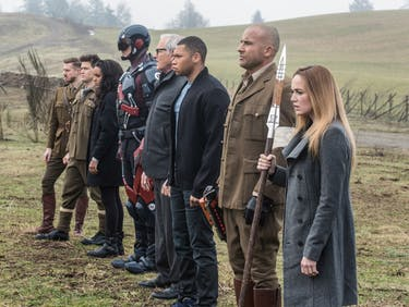 'Legends of Tomorrow' Season 2 Arrives on Netflix This Week