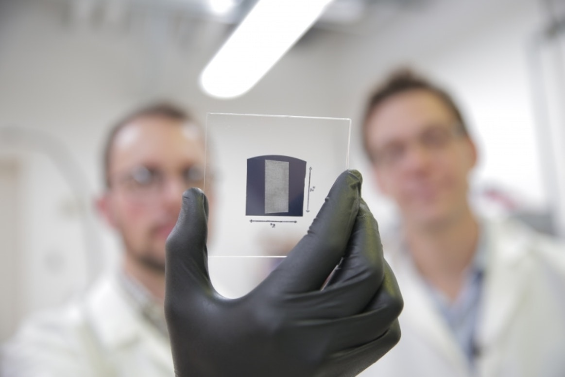 The UW–Madison engineers use a solution process to deposit aligned arrays of carbon nanotubes onto 1 inch by 1 inch substrates.