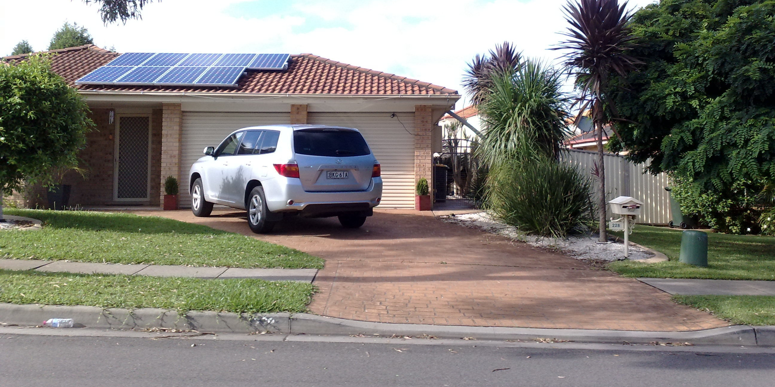 """Your House Could Soon Be Covered in """"Solar Paint"""" and Solar Panels"""