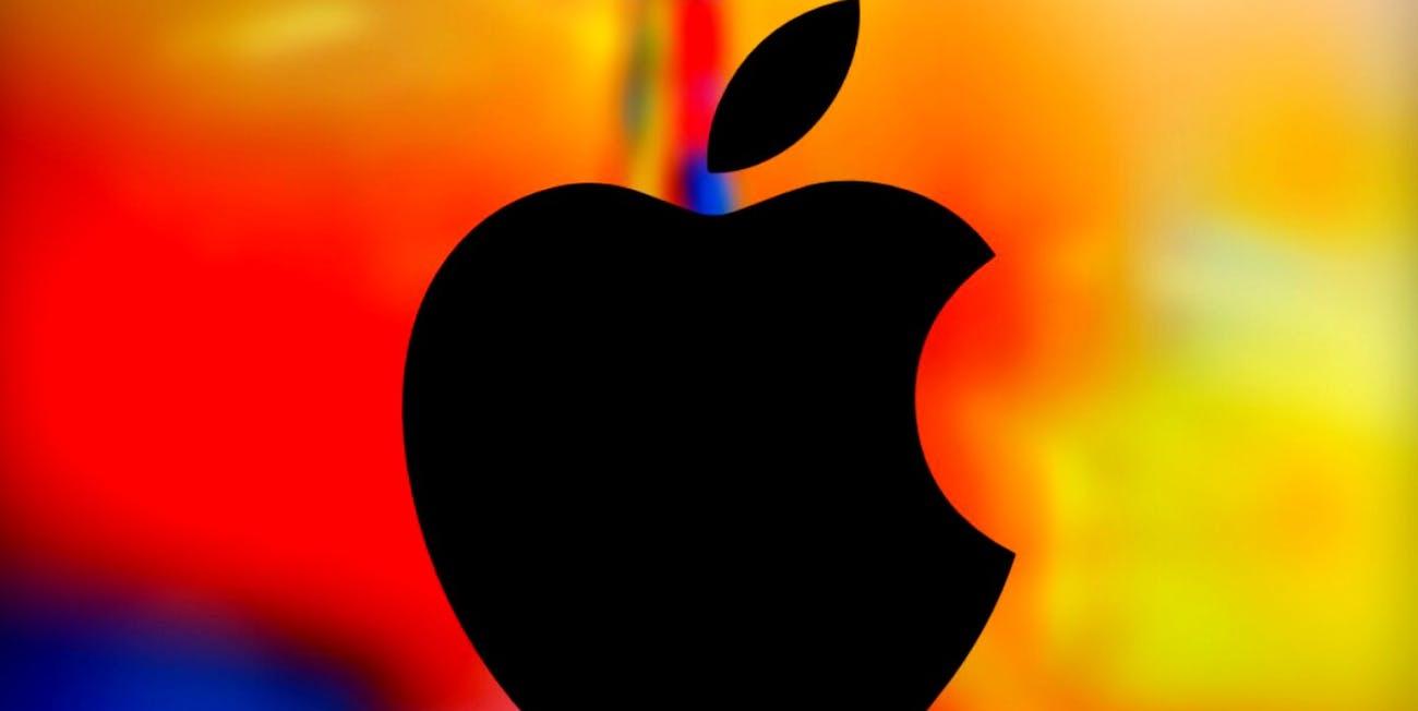 4K Apple logo wallpaper HD- By ik razu pradhan