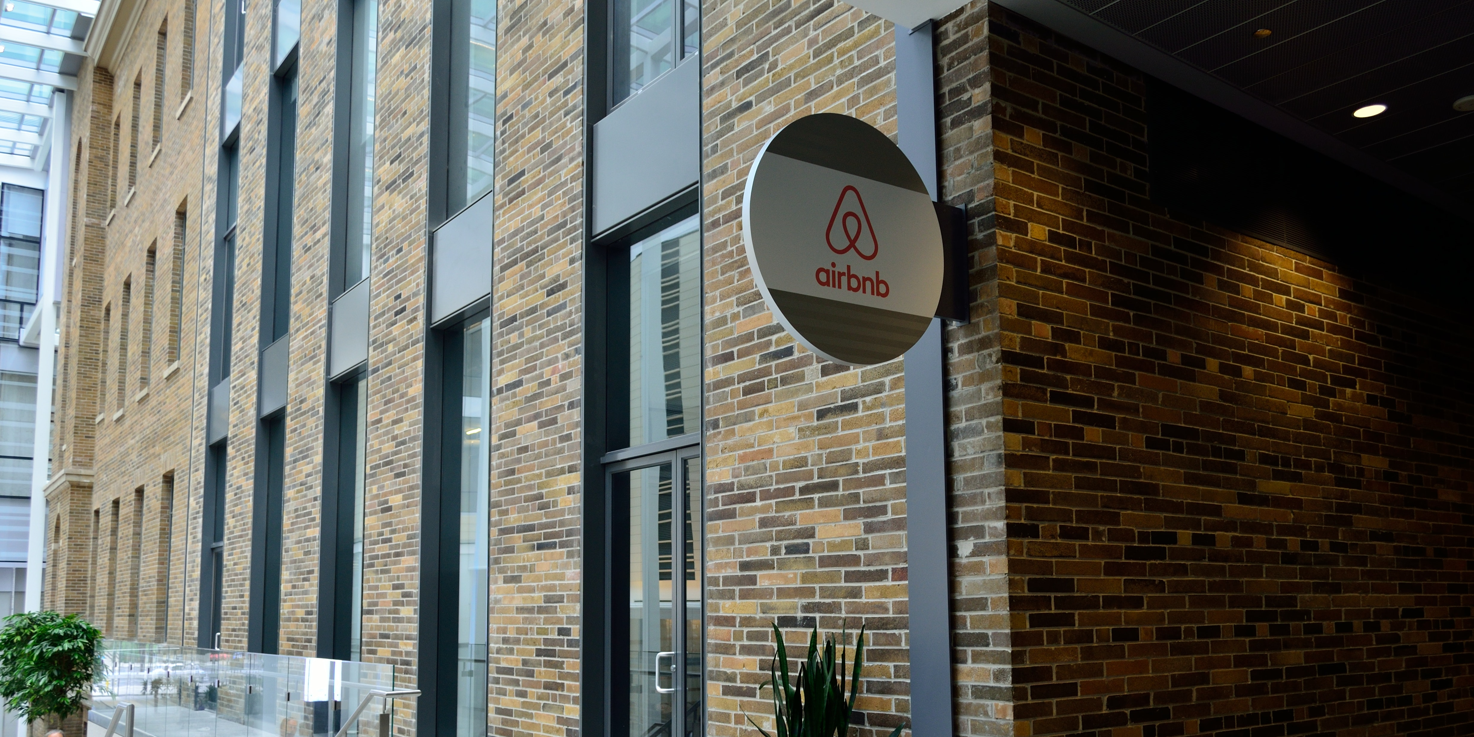 Airbnb Wants More Hosts To Provide Experiences Inverse