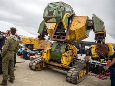 The U.S.A.'s Giant Robot Duel With Japan is Really Happening