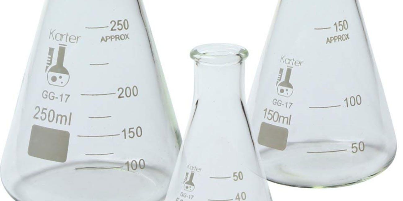 Glass Erlenmeyer Flask Set