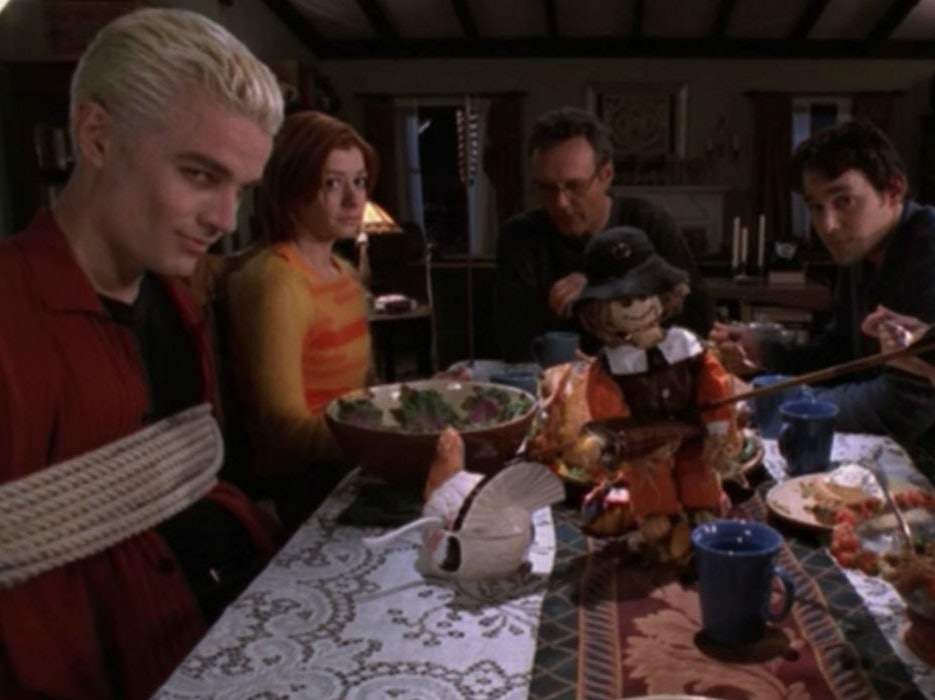The 8 Best Thanksgiving Episodes of Science Fiction Shows