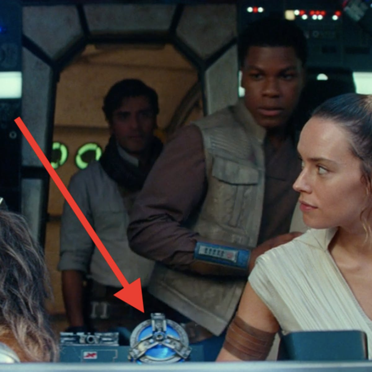 'Rise of Skywalker' trailer screenshot drops a clue about the fate of C-3PO