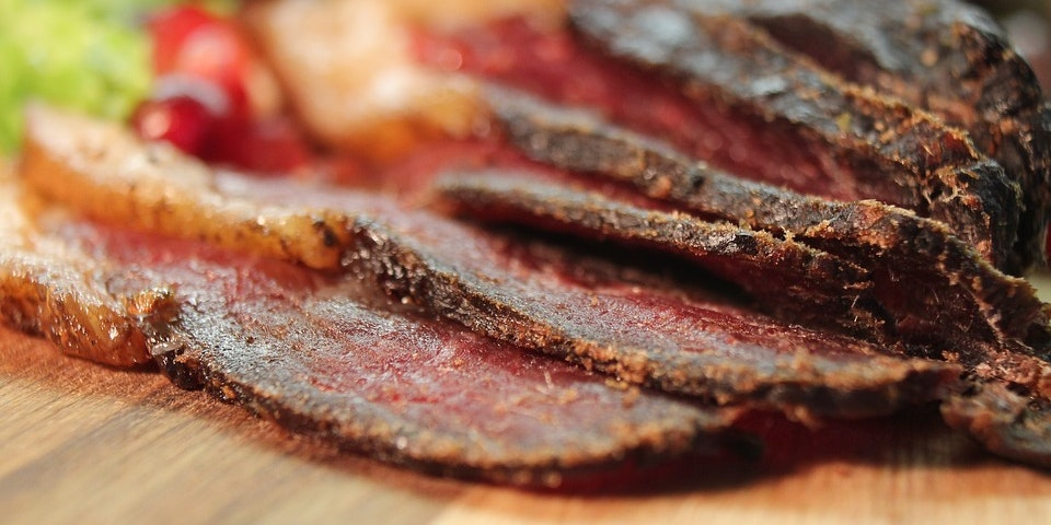 A Scientist Clarifies the Link Between Eating Beef Jerky and Mania