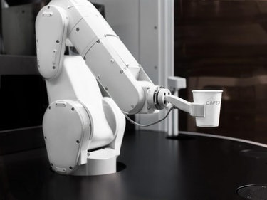 The Cafe X Robot Barista Has Begun Work in San Francisco
