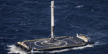 falcon 9 first stage landing on droneship