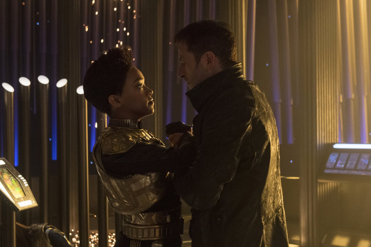 Sonequa Martin-Green and Jason Isaacs in 'Star Trek: Discovery'
