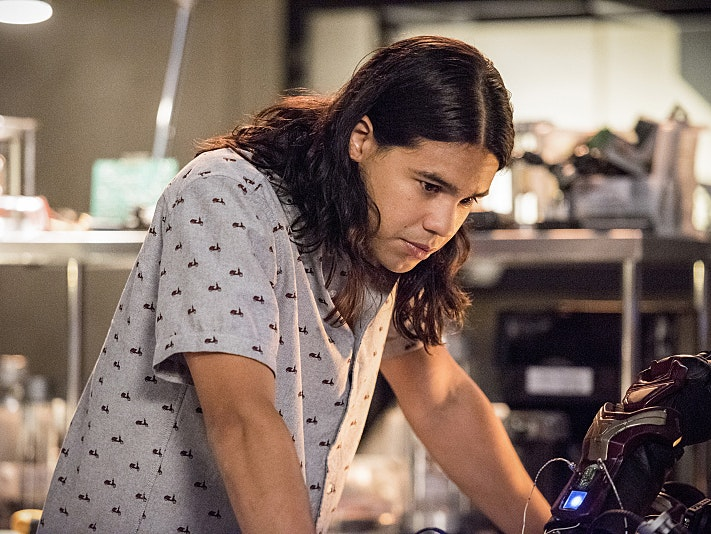 'The Flash' Hints Cisco Will Suit Up Permanently as Vibe
