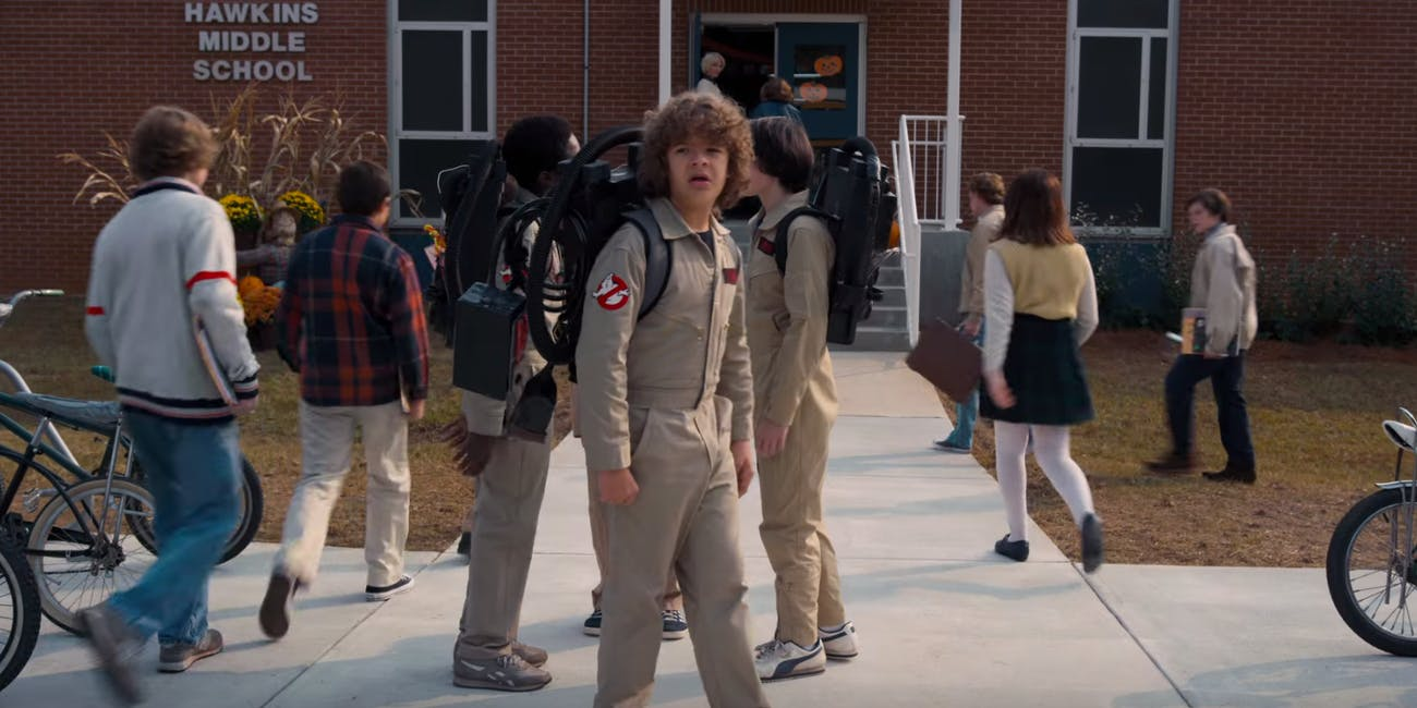 stranger things season 2 premiere date