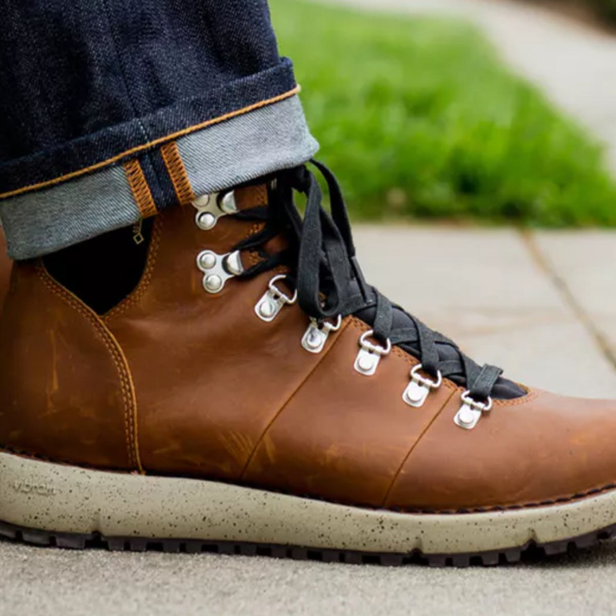 This Weekend Get 30 Percent Off the Ultimate Winter Boots
