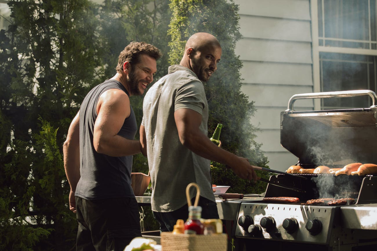 Dane Cook and Ricky Whittle in 'American Gods' episode 4 'Git Gone'