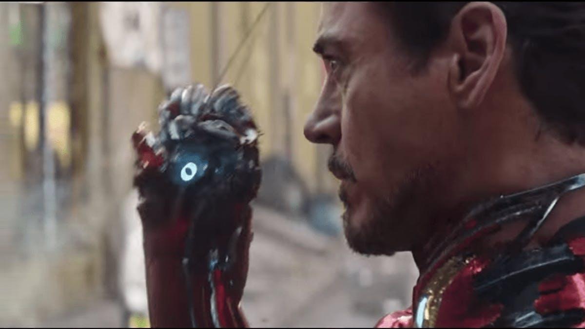 Resultado de imagem para tony stark gauntlet