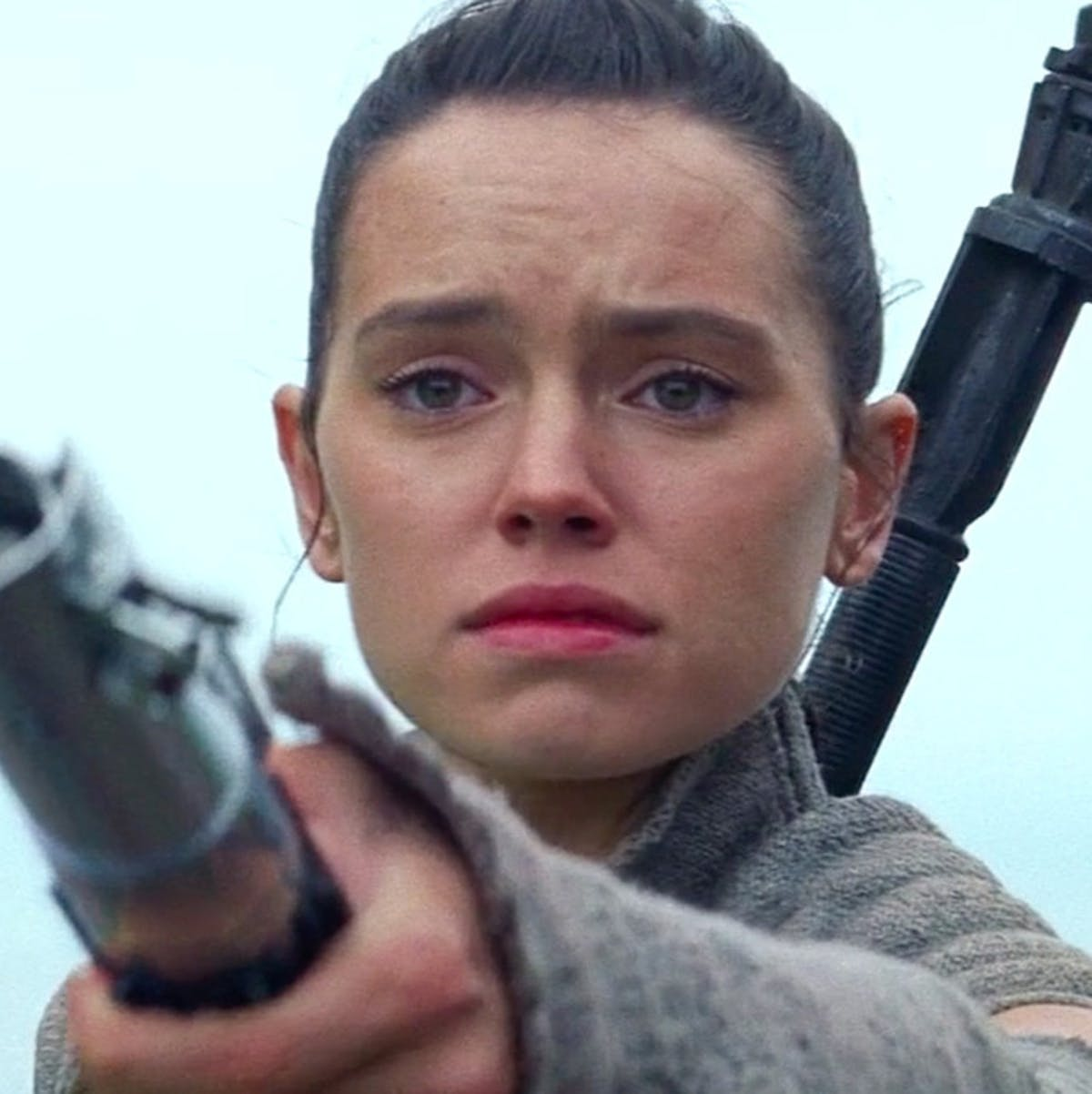 A deleted scene from 'Force Awakens' may reveal a huge twist in 'Episode 9'