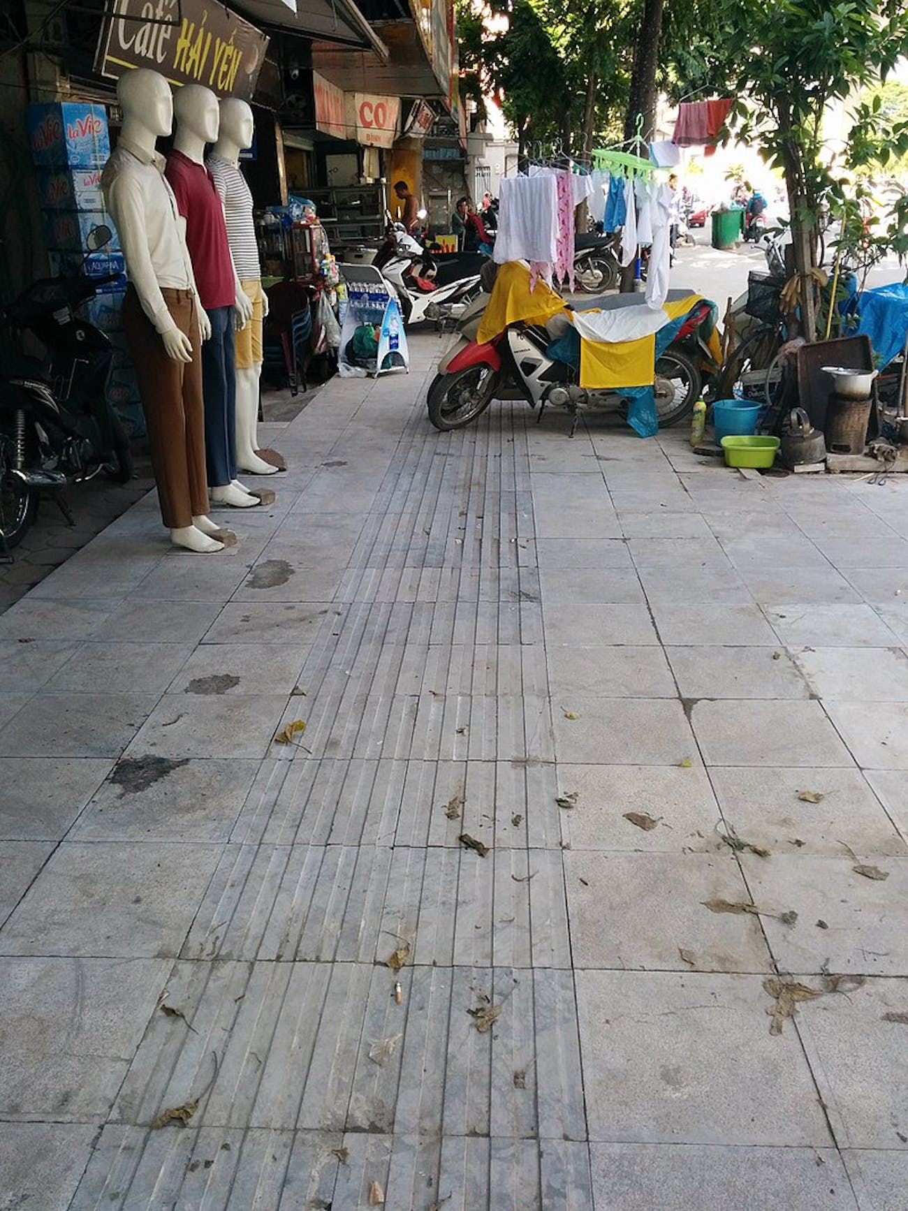 vietnam tactile pavement